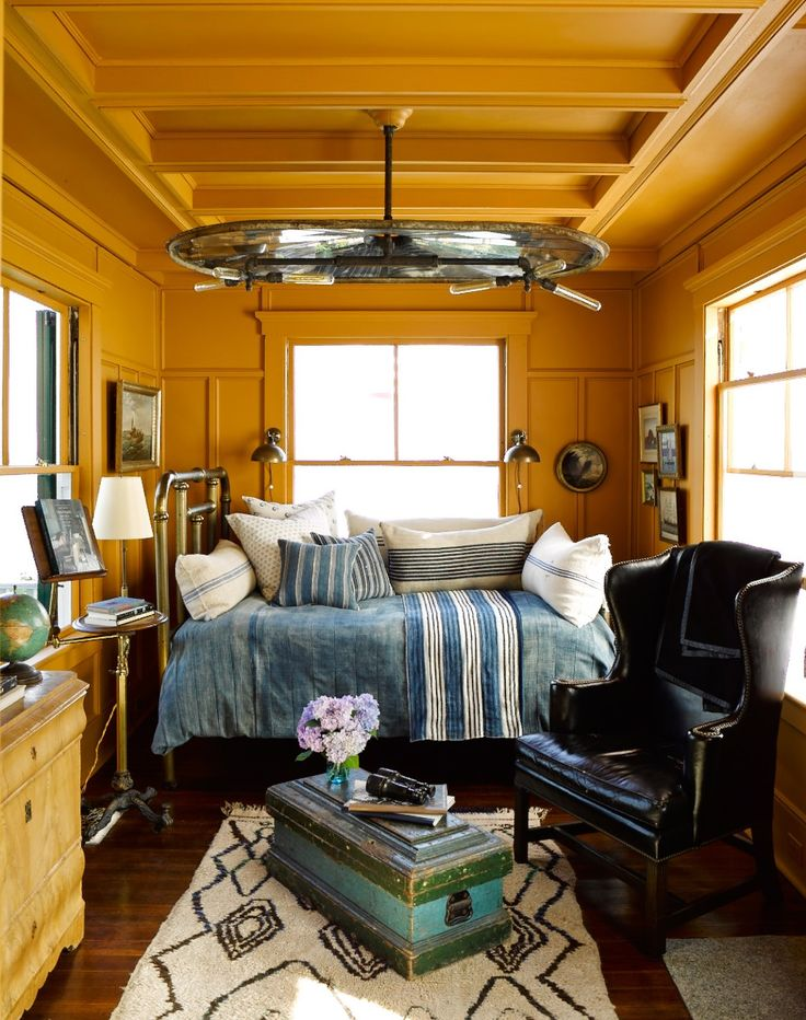 Bigger Isn T Better 8 Seriously Inspiring Tiny Rooms And Their Design Secrets Design
