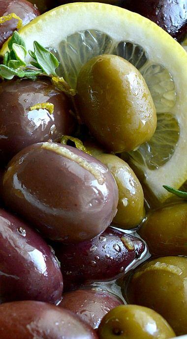 Lemon Thyme Marinated Olives
