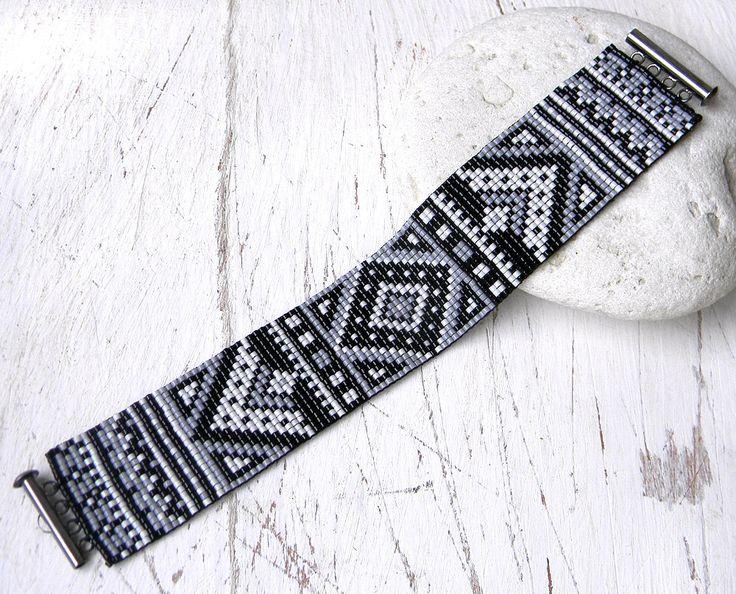 Les 25 meilleures id es de la cat gorie bracelet br silien - Comment enlever de la tapisserie facilement ...