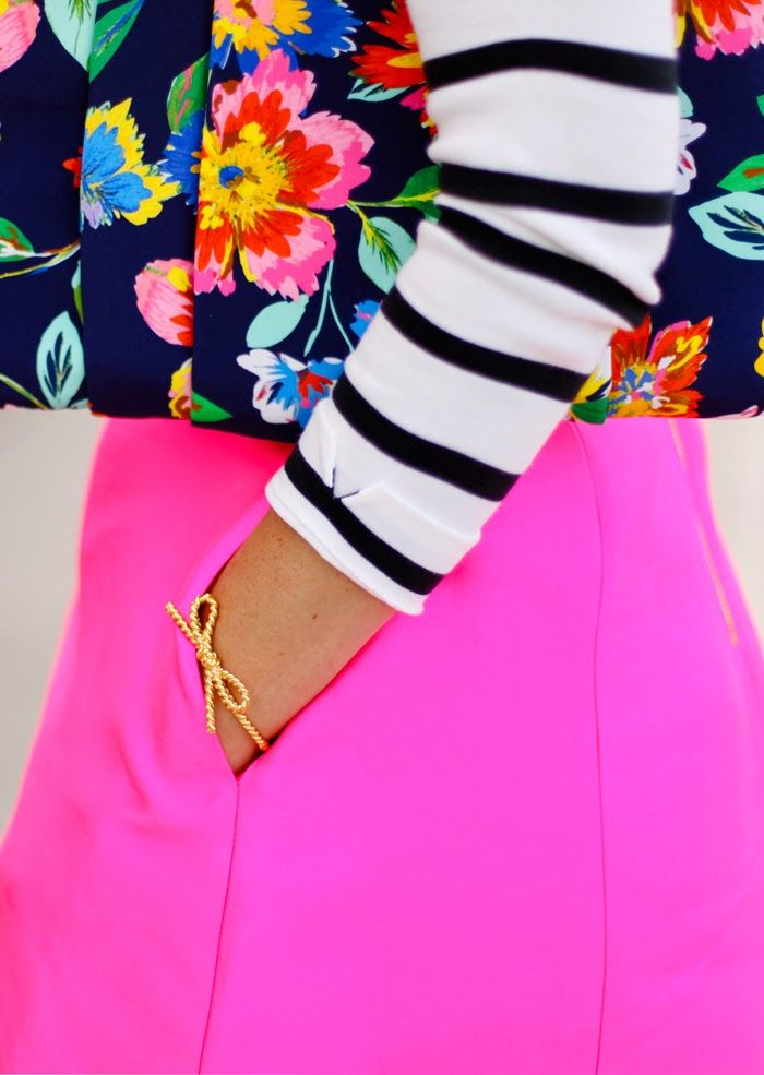 Fushia, Florals & Stripes will always be a great combo for Spring & Summer: Pattern Mixing Outfits, Mixing Patterns Outfit, Neon, Stripes And Floral, Floral Colors Stripes, Floral And Stripes Outfit, Mixed Pattern, Color Pattern Combo, Katespade
