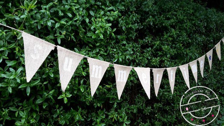 Het is zomer en dat moet gevierd worden! Maak eenvoudig zelf deze leuke vlaggenlijn. Kijk op www.101creaties.nl