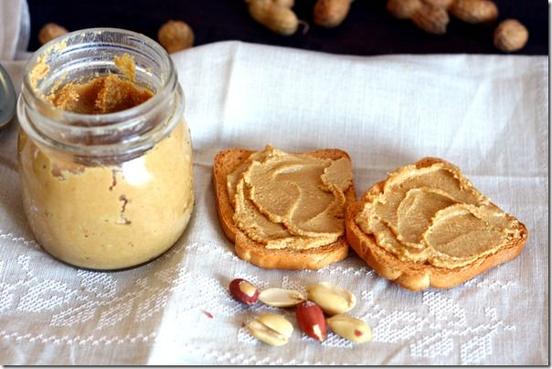 Peanut Butter!! Yummy!!!   I LOVE peanuts. This an easy recipe, although it's in Italian.