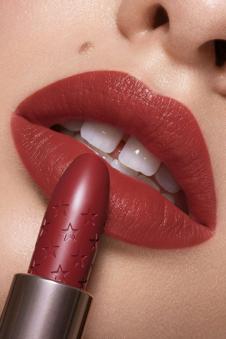 Liquid Courage Lux Lipstick Lip makeup tutorial, Brick