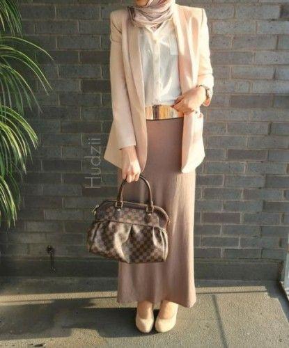 pastel hijab outfit, Hijab spring street fashion http://www.justtrendygirls.com/hijab-spring-street-fashion/
