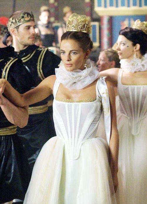 Charles Brandon, Margaret Tudor and Anne Boleyn in The Tudors Season 1.