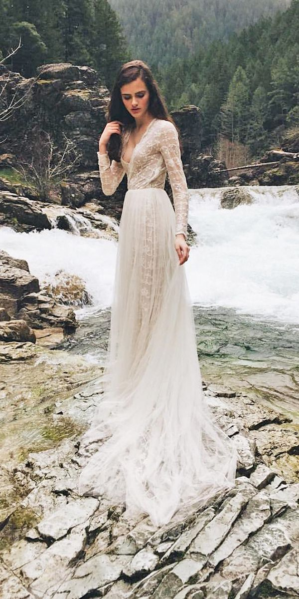 long sleeve bohemian wedding dresses