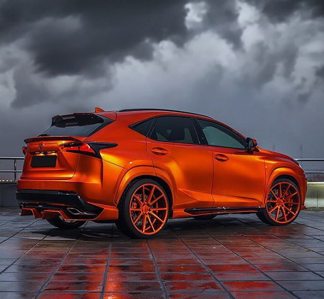 "Lexus NX300h Fsport on Vossen VFS1 22"" rims"