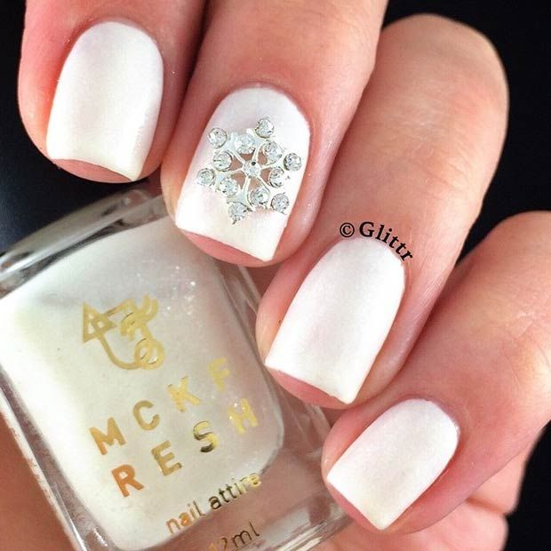 Simple and Elegant Winter-Inspired Manicure