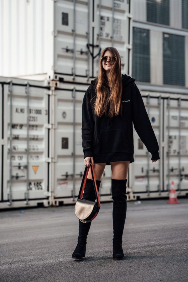 Schwarze Overknee Boots Fruhling Schwarzer Oversized Hoodie Hoodie Boots Liebeskind Berlin Nakd Buffalo Outfit F Overknees Outfit Outfit Legging Outfits