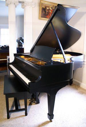 Steinway Baby Grand Piano... Beautiful! i I WANT I I WANT!