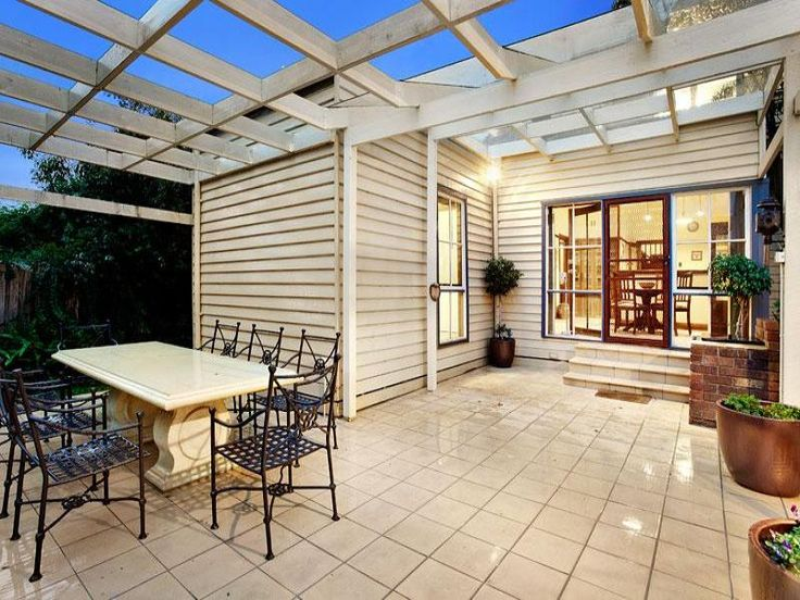 Outdoor living design with pergola from a real Australian home - Outdoor Living photo 508512