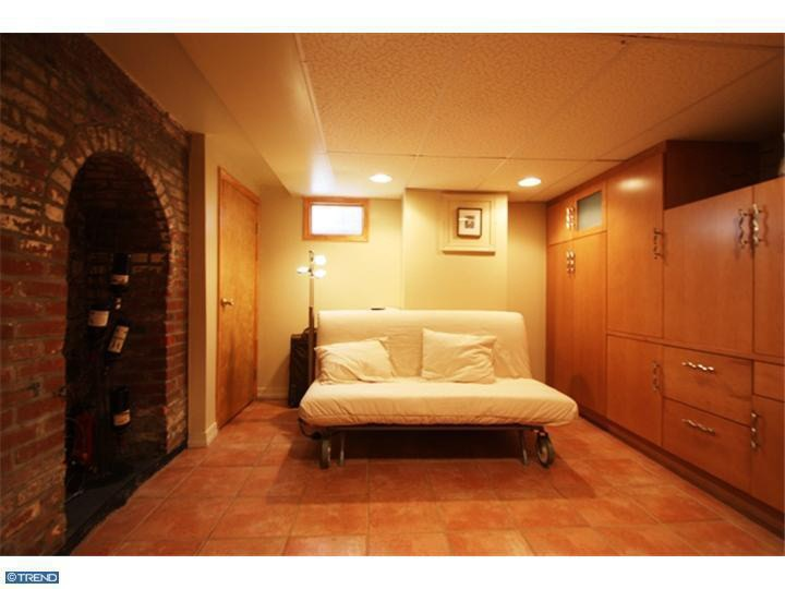 Basement Bedrooms Endearing With Basement Guest Bedroom Image