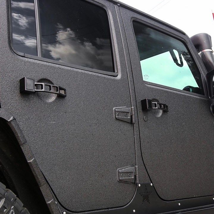 Accessorize Your Jeep With This Door Grab Handles By Royal Hooks