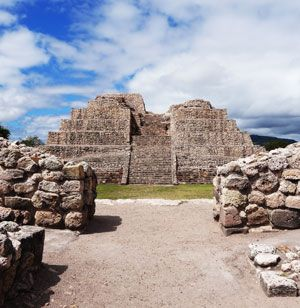Albert Coffee Archaeotours - Digging into the Prehispanic History of Mexico