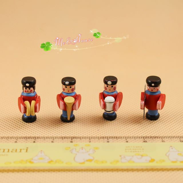 Find More Furniture Toys Information about G05 X134 children baby gift Toy 1:12 Dollhouse mini Furniture Miniature Military band 4pcs/lot,High Quality gift idea,China gifts royal Suppliers, Cheap gifts for older women from Stefan  Qiu's store on Aliexpress.com