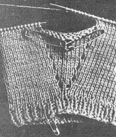 Вывязывание клина для большого пальца варежек / Вязание спицами / Вязание спицами для начинающих