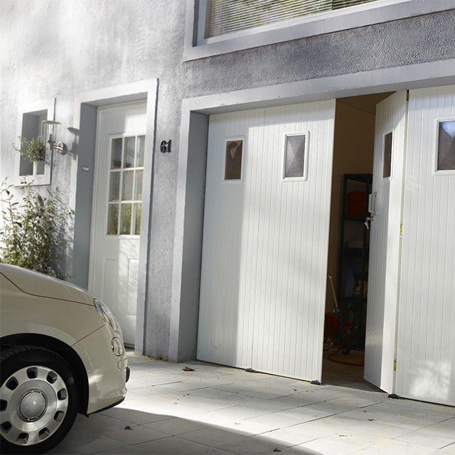Porte de garage 4 vantaux PVC 200 x 240 hublots Helsinki - CASTORAMA