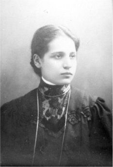 Lise Meitner, discovered nuclear fission and snubbed for the Nobel Prize.