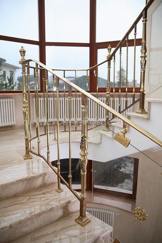 Ограждение лестницы, латунь - «Mercury Forge» #stairs #decor #home #grandeforge #royal #mercuryforge #лестницы #ограждения #роял #москва #дом #интерьер