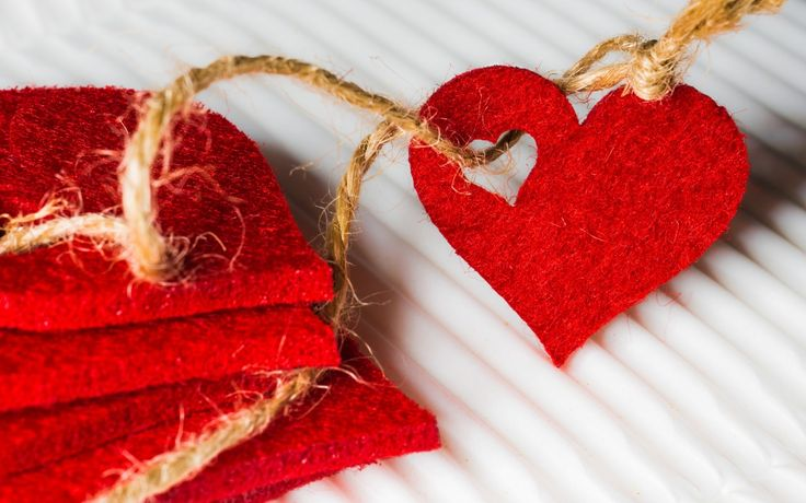 Download Wallpaper heart, lace, collection, section праздники Resolution 1280x800