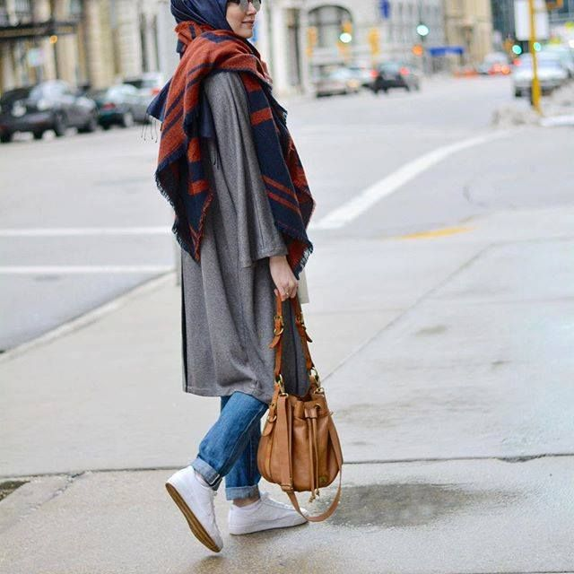 sporty casual hijab with sneakers, Sporty hijab street style…