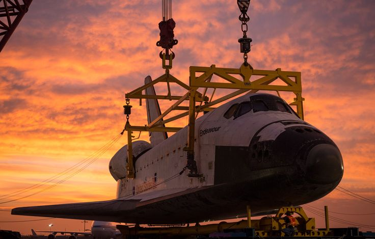 Endeavour mated to Over Land Transporter