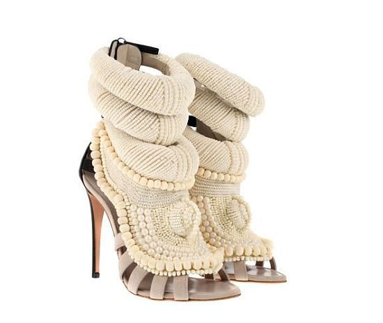how do giuseppe zanotti shoes fit