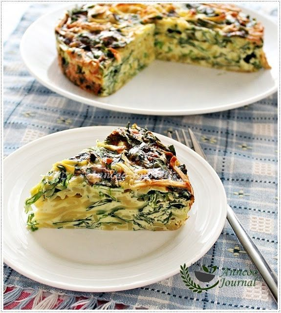 Yellow Noodle Frittata Cake With Spinach, Cream and Parmesan Cheese