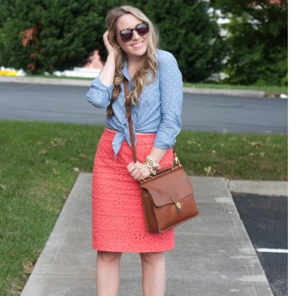 Eyelet pencil skirt from j.crew One of my absolute favorite pencil skirts! Eyelet coral material. No. 2 pencil. J. Crew Skirts Pencil