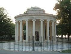 Maitland Monument - An example of British architecture, in the main Spianada Square.  #Corfu #Greece