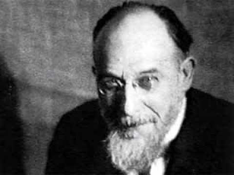 La musica amata da d'Annunzio. Ecco Erik Satie.
