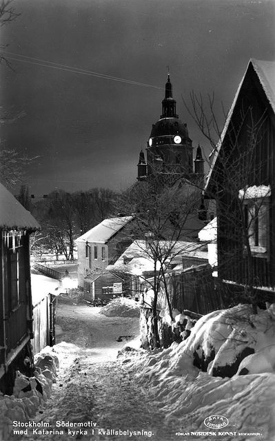 Södermalm stockholm, Katarina Church Old wooden buidlings. Stockholm. Södermotiv med Katarina kyrka i kvällsbelysning.   Flickr - Photo by Lennart Börjesson