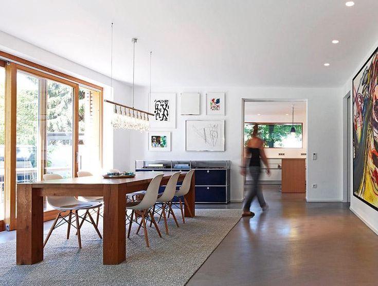 Esszimmer In Architektenhausern Mit Durchgang Zur Kuche