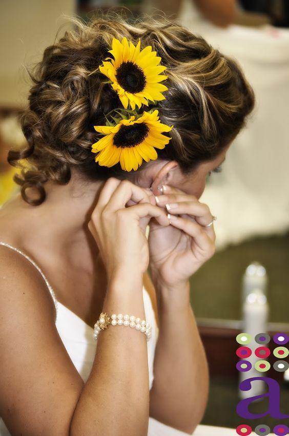 sunflower head wreath wedding hairstyle / http://www.himisspuff.com/country-sunflower-wedding-ideas/5/