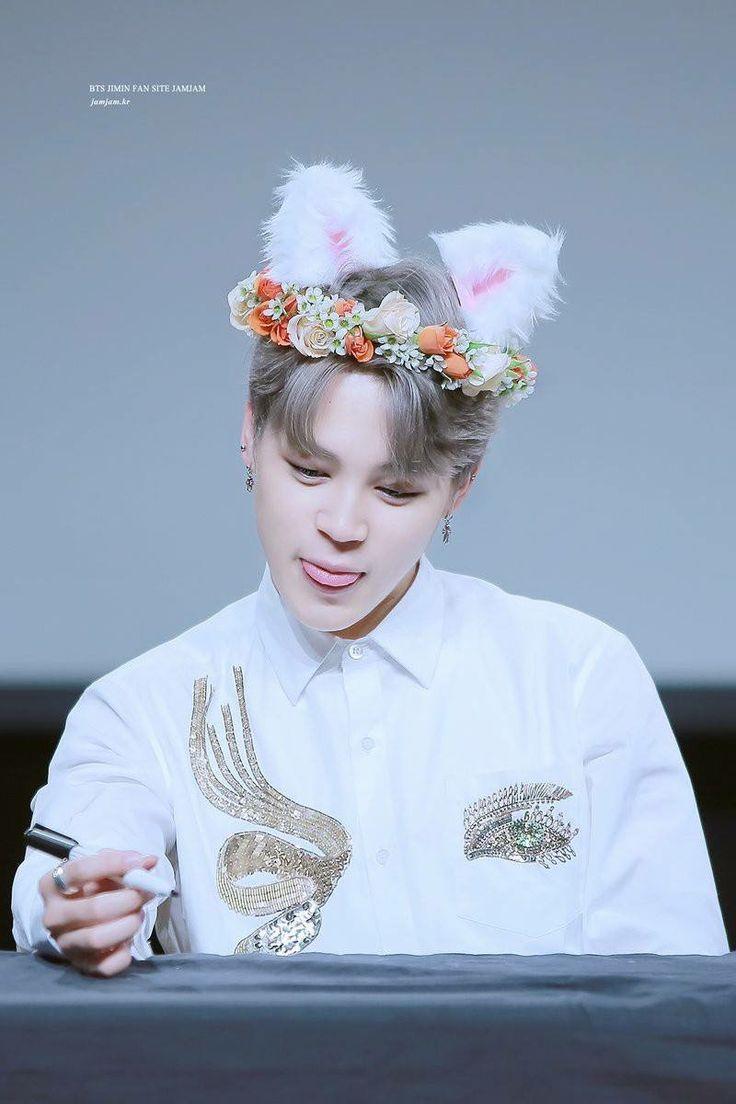 202 Best Boy Kpop Members In Flower Crowns Images On Pinterest