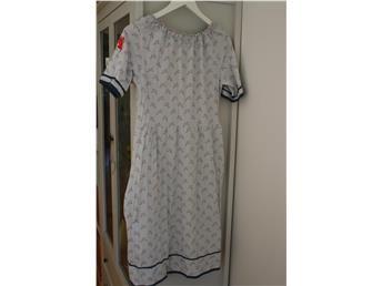 House of lola klänning storlek L