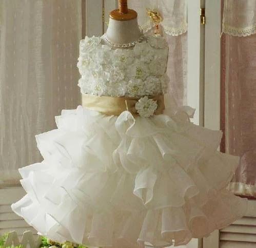 Dress Pesta Model Mawar Putih