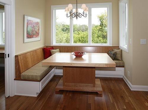 Built in table kitchen loves pinterest for Built in kitchen tables ideas