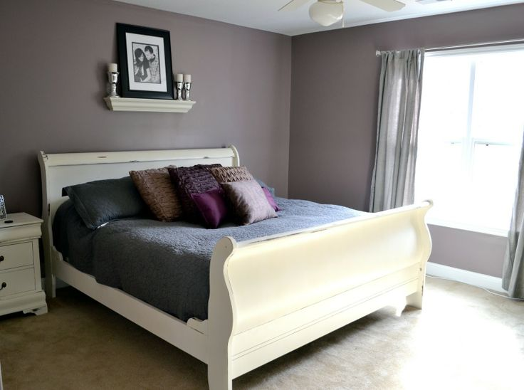 Love White Distressed Sleigh Bed And Simple Overhead Decor On Grey