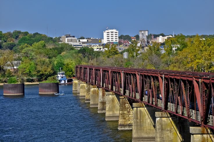 Sheffield, Alabama and the Tennessee River