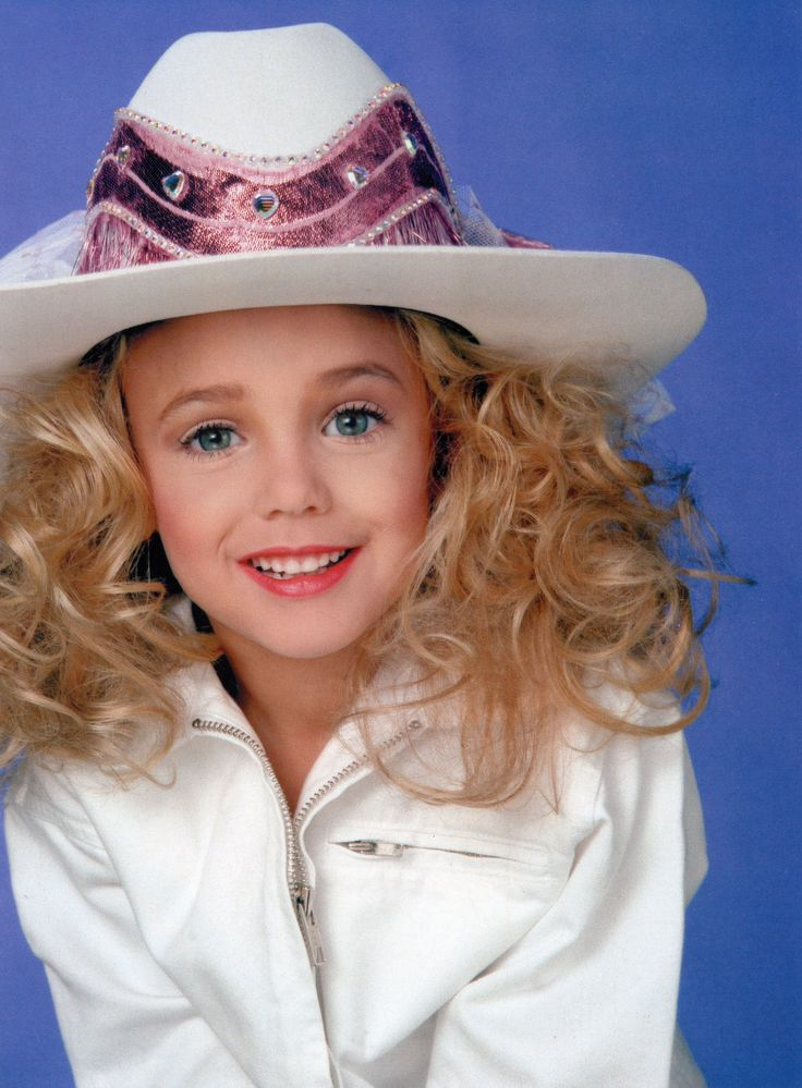 "JONBENET RAMSEY 1990-1996 Murdered Christmas Eve in her Boulder Home. No-one was arrested, remains ""unsolved"""