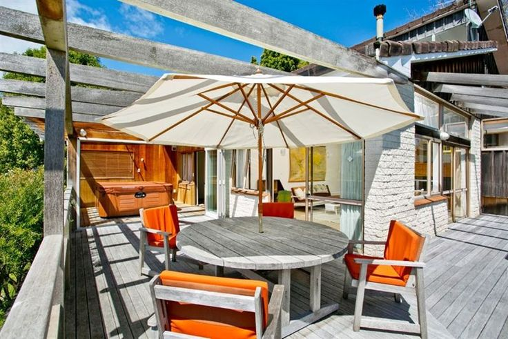 #deck loving. #summer house.  Rame Rd, Greenhithe. Places and graces home staging
