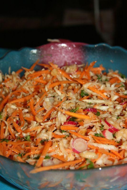 salade fraîche à la vinaigrette asiatique