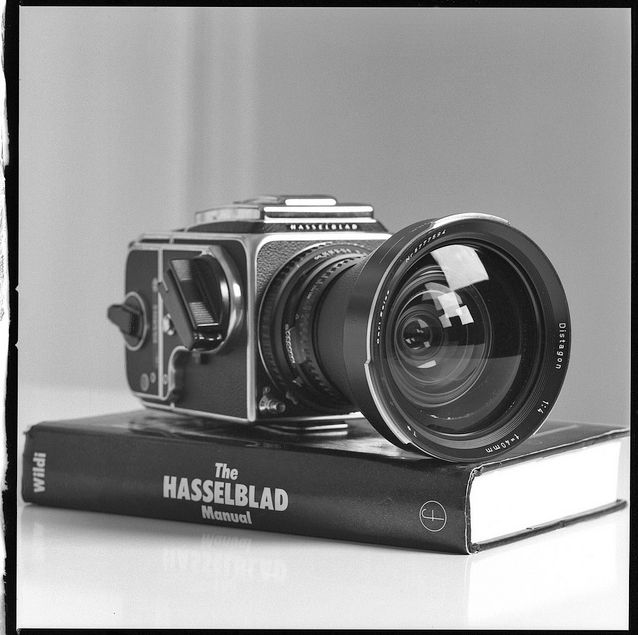 Hasselblad 500C/M SLR Medium-format camera with Distagon f-4, 40mm lens