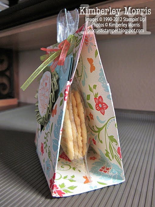 Papercraft. Tea bag and Goody Holder. Includes video instructions.