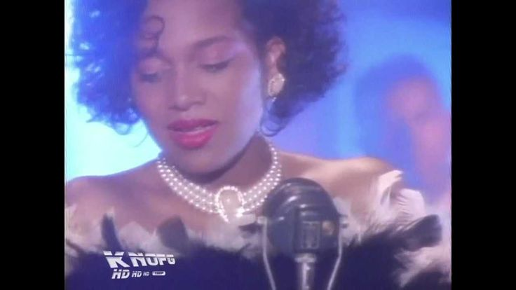 Michel'le - Something in my Heart (HD 720p): There's nothing she can do about her speaking voice, but it makes me cringe listening to her on #RandBDivas. With that said, she can sing her heart out and she's very pretty, too. I loved this song when I was a kid.