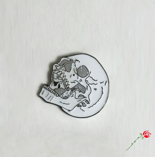 Image of Laughing Skull Pin
