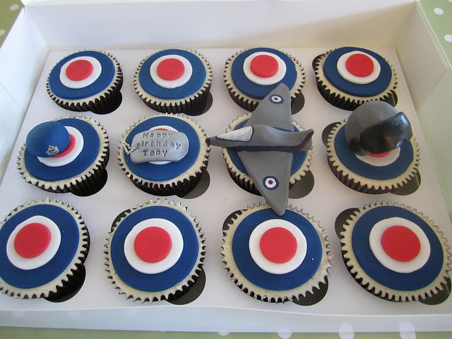 17 Best Ideas About Firefighter Cupcakes On Pinterest