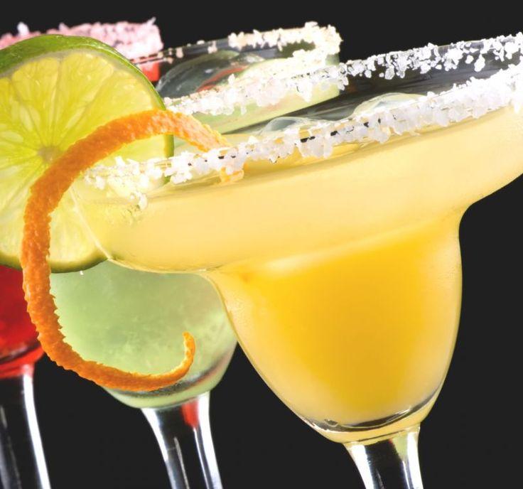 Una miscela inconfondibile nata in #Messico dalla fantasia di una donna che la intitolò a se stessa: Margarita Sames. Era il 1948 ad Acapulco, il #Margarita #cocktail divenne leggendario.