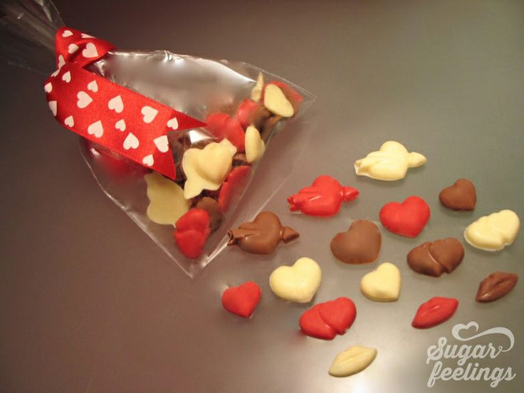 Saquinho com chocolates
